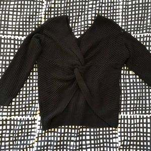 Sweaters - Knotted sweater
